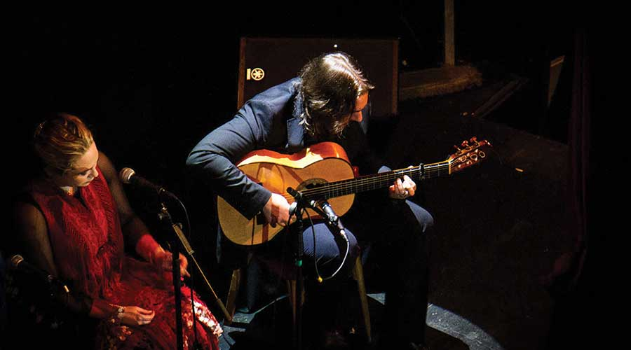 Flamenco en Barcelona: Guitarrista Francisco Díaz