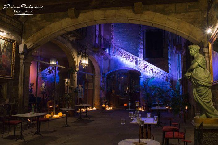Palau Dalmases - Espectáculo de ópera en Barcelona 01