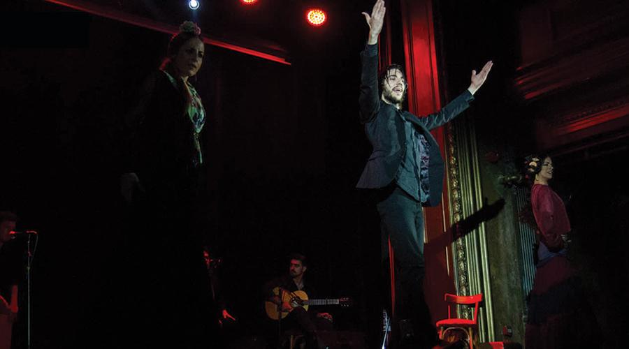 Flamenco in Barcelona: Bailaor José Manuel Álvarez