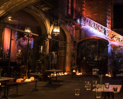 Palau Dalmases, espacio barroco para eventos, conciertos y bodas 00